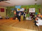 duszki---przedstawienie-dla-rodzicow-kolorowe-kredki-25062012