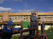 gumisie-w-ogrodzie-przedszkolnym-12102010